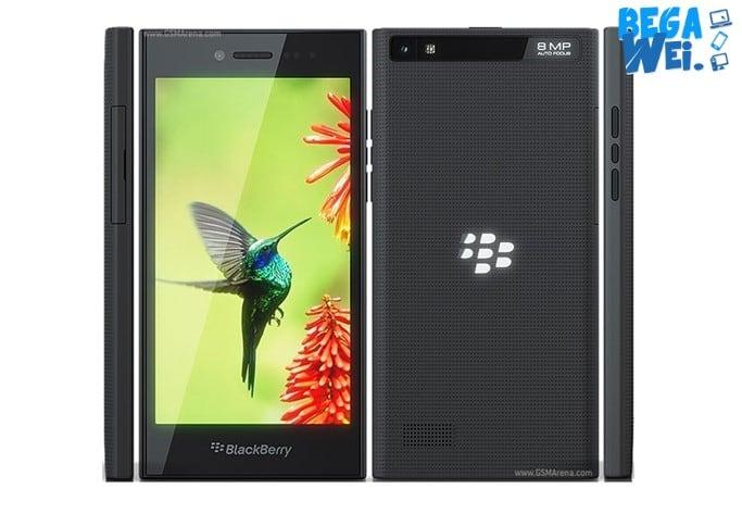 spesifikasi hp blackberry leap