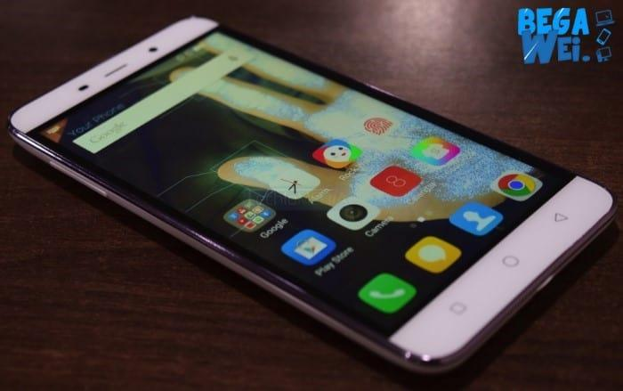 Coolpad Note 3 Plus dari samping depan