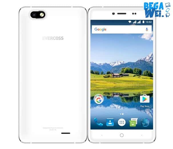 Evercoss Winner Y Selfie disematkan RAM 1 GB